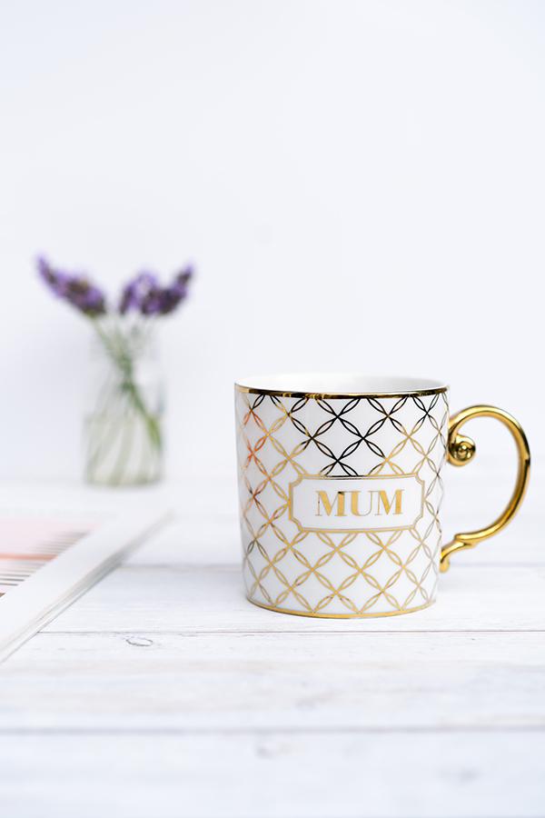 ceramic mug product photography